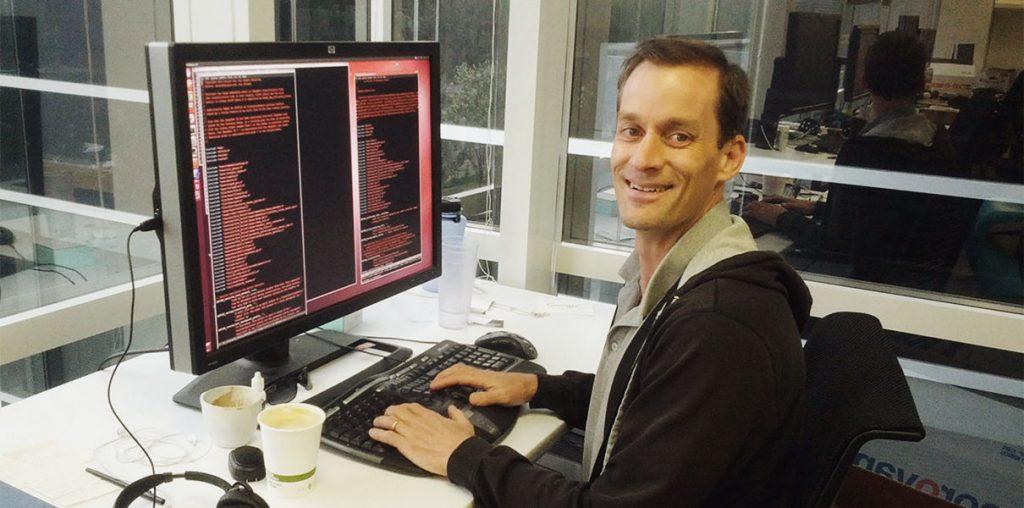 Бывший босс из Google поможет с разработкой Siri