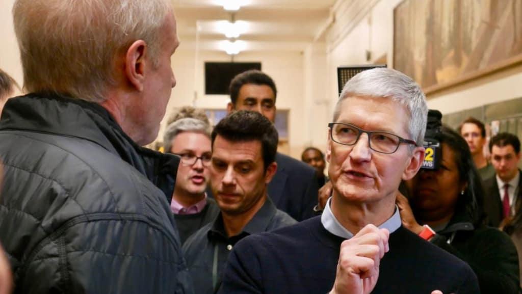 Тим Кук высказался по поводу объединения macOS и iOS