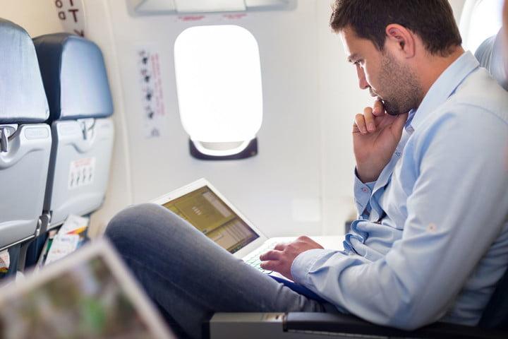 В самолетах «Аэрофлота» появится безлимитный интернет