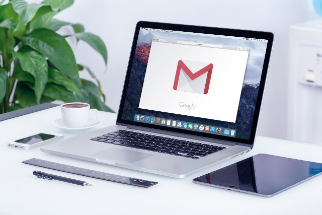 Gmail Smart Compose автоматически заполняет ваши письма по мере ввода