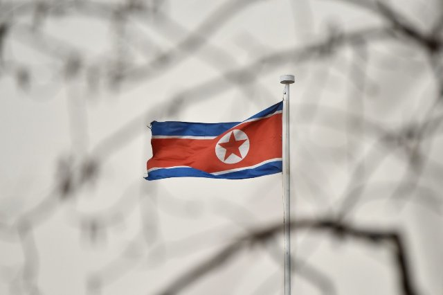 Связанные с Северной Кореей хакеры нацелены на перебежчиков со страны
