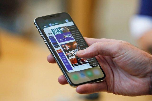 Apple позволит всем пользователям загружать собранные персональные данные