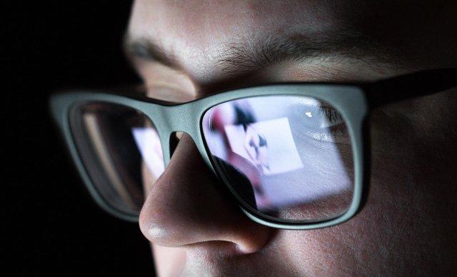 Facebook расширяет инструмент, предотвращающий порноместь, в большем количестве стран