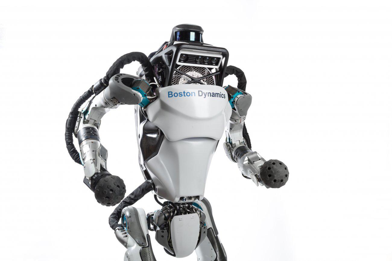 Видео дня: бегающий робот Boston Dynamics
