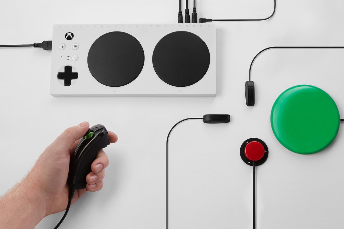 Доброе дело: геймпад Xbox для игроков с ограниченными возможностями