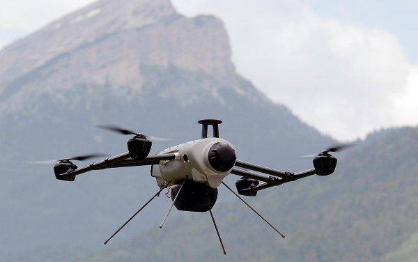 Apple рассчитывает получить разрешение на работу с дронами