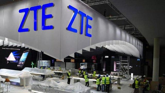 ZTE разрешили работать в США, но пока только на время — до 1 августа