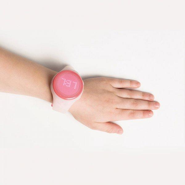 Детские часы-трекер Kids Radar LED помогут родителям отследить активность детей