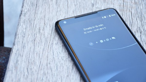 Google подарит смарт-станции Pixel Stand покупателям своих смартфонов