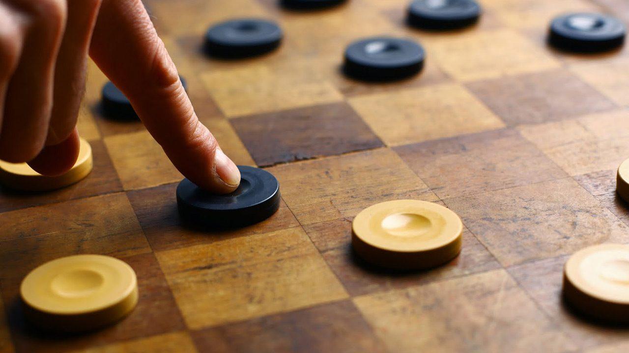 Онлайн игра в шашки