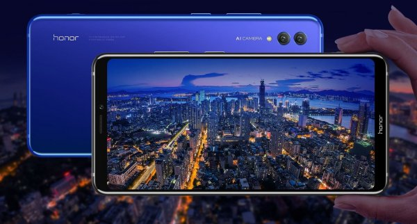 Huawei официально представила гигантский флагман Honor Note 10