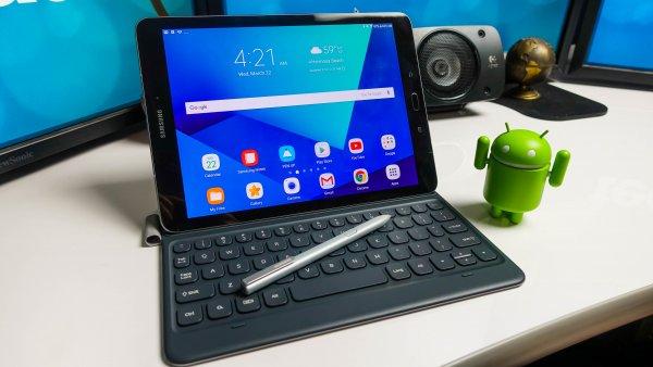 Samsung Galaxy Tab S4 будет круче iPad и сможет заменить ноутбук