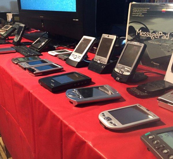 Возвращение легенды: Смартфоны Palm вновь появятся на рынке