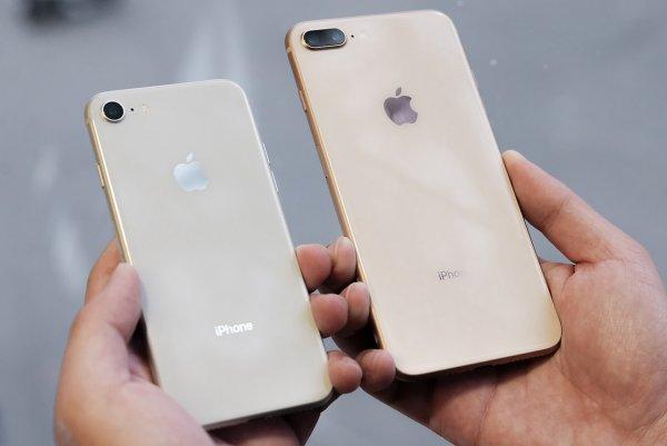 Обвал цен: В России iPhone 8 резко подешевел на треть