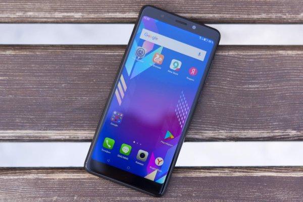 Блогеры рассказали о сверхдешевом смартфоне с NFC и безрамочным экраном