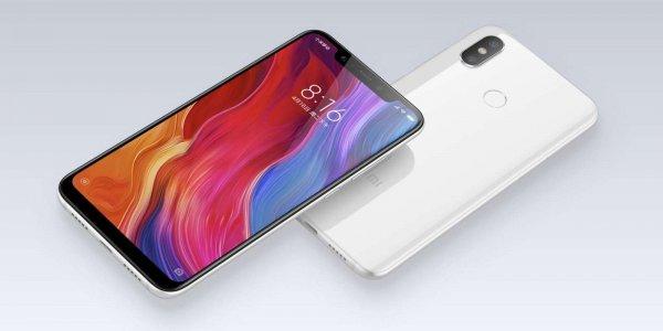 В России Xiaomi Pocophone F1 появится в продаже с 30 августа