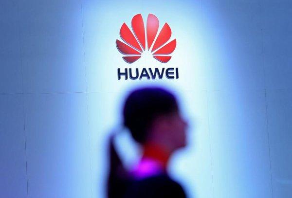Huawei «опустили» Apple на третье место по продажам смартфонов