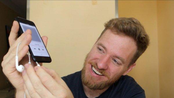 Модификатор смог вернуть разъем для наушников в новые iPhone