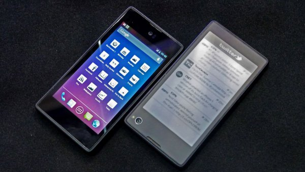 Смартфон Yota 3+ выйдет с двумя обновленными экранами