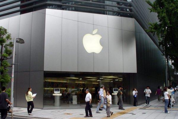 Apple покажет новые модели iPhone 12 сентября