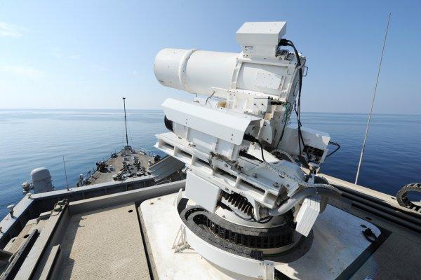 Пентагон потратит два миллиарда долларов на внедрение искусственного интеллекта в оружие