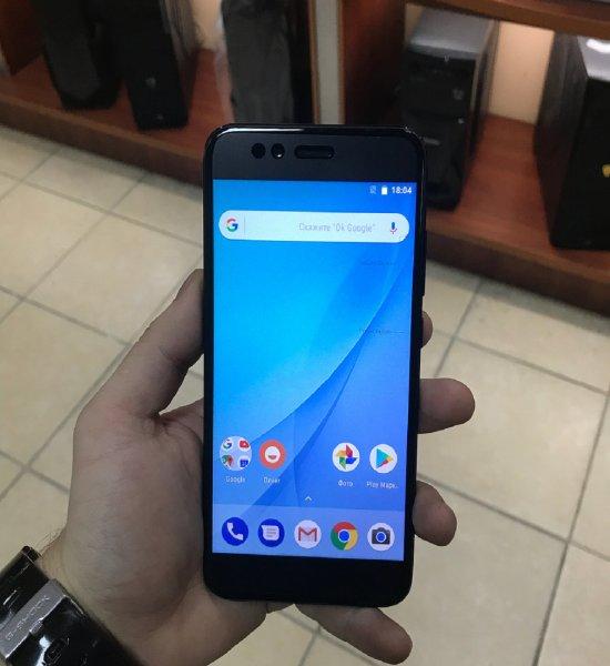 Xiaomi Mi 1 взорвался во время зарядки возле спящего владельца гаджета