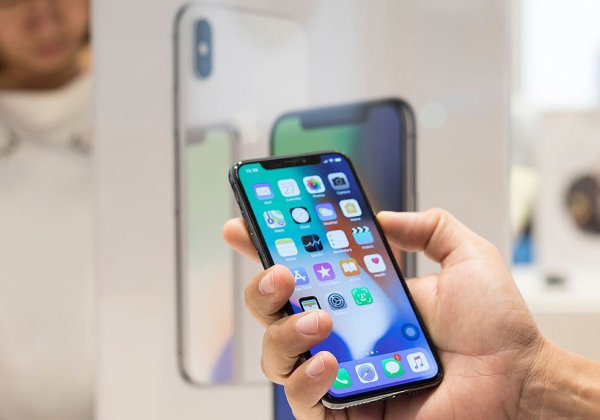 Пользователи Apple возмущены навязчивостью облачного сервиса
