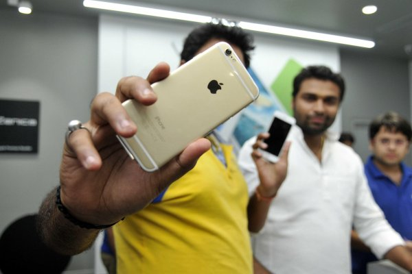 Apple выпустит бюджетную модель смартфона в Индии
