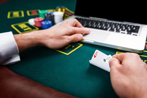 Игровые автоматы на деньги в онлайн казино Вулкан
