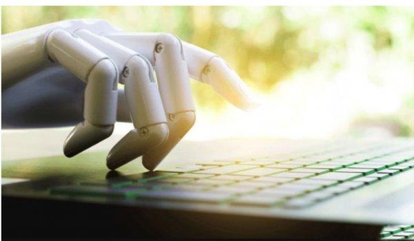 Microsoft внедряет ИИ в Word для улучшения правописания