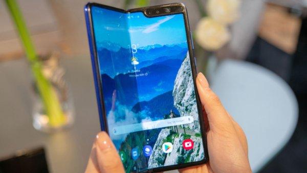 Быть или не быть? Решение по Samsung Galaxy Fold озвучат через несколько дней