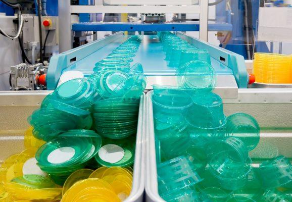 Литье пластмасс, производство изделий из пластика в Украине