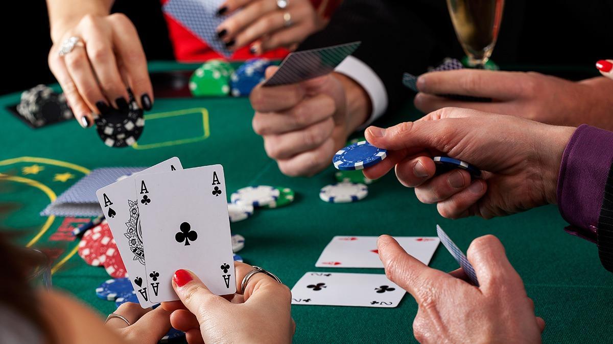 Какие существуют комбинации покера?